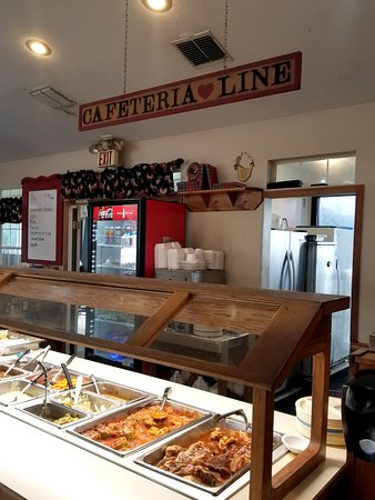 Buffet /Cafeteria Line - Picture of Cooks Country Kitchen ...