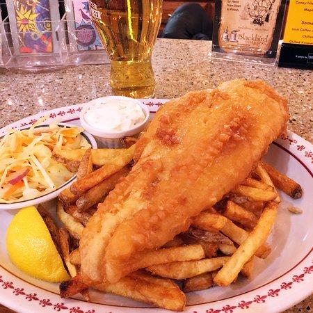 Olga Gallery, Cafe, & Bistro: Fish Fry at Olga's!