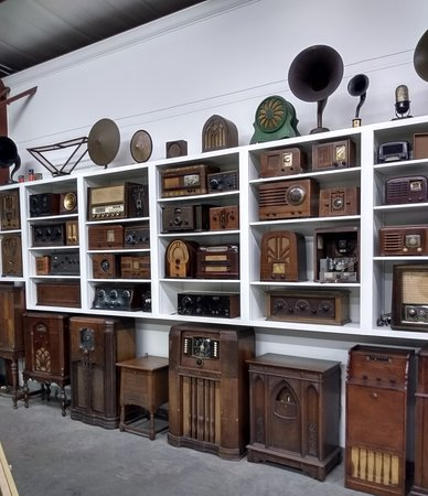 Jefferson County Historical Village: Large radio display