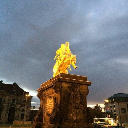 Goldener Reiter: photo0.jpg