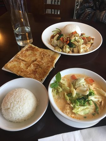 Saigon Taste: Pictured is vegetable and tofu curry, roti, rice and vegetable and tofu with rice.