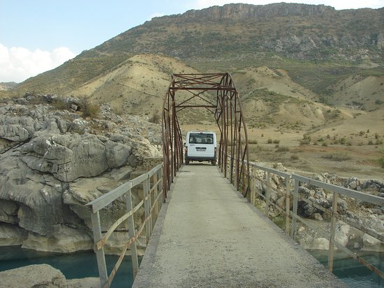 Elazig, Turquia: Tarihi Tegre Köprüsü 6