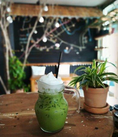 Sin Lapin WhiteTemple: Green Tea with Milk