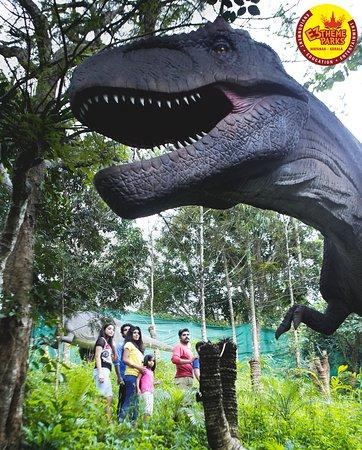 Dino World at E3 Theme Parks