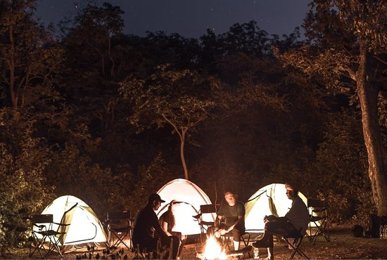 Ranakpur, Indien: Camping at Night