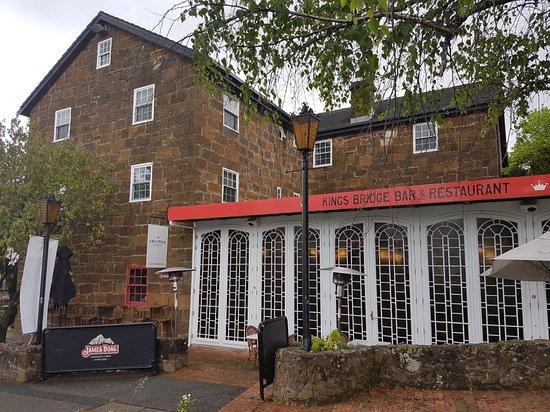 Entrance - Kings Bridge Bar & Restaurant Photo