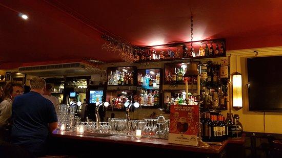 Cafe Sonneveld: bar counter