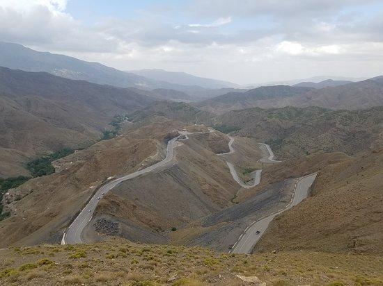 High Atlas Mountains : Winding Roads