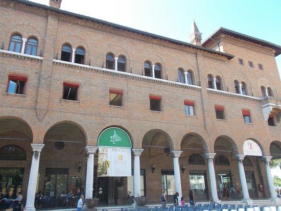 "Biblioteca di Storia Contemporanea ""Alfredo Oriani"""