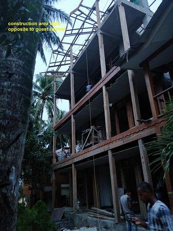 Havelock Island Beach Resort: Construction area opposite to guest room