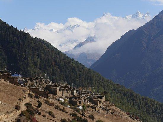 Gokyo Treks and Expedition: Annapurna circuit trek route