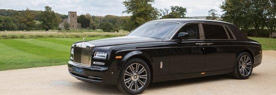 Executive Travel Cars UK: Travel in luxury with Rolls Royce Phantom