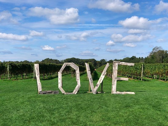 Laurel, État de New York : Love