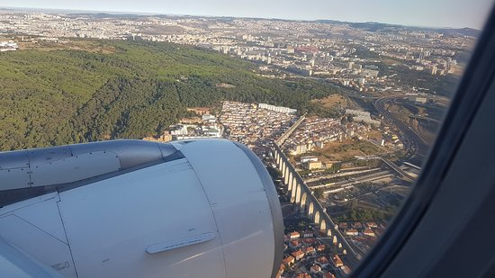 TAP Portugal: Landung in Lissabon