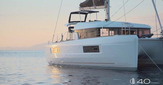 Catamaran Good Life