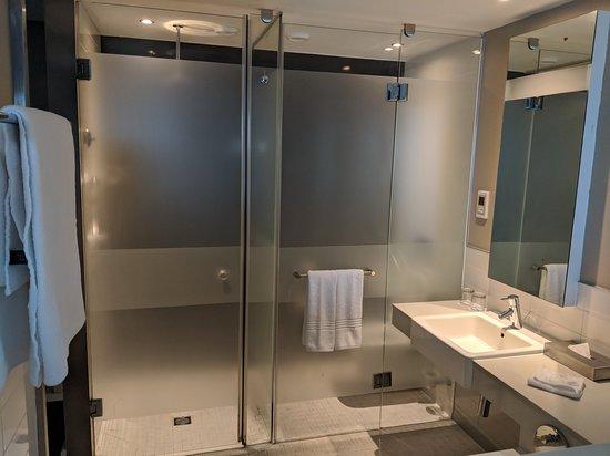 Summerstrand, แอฟริกาใต้: Open bathroom