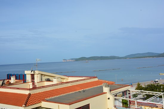 Alma di Alghero Hotel: view from the pool deck