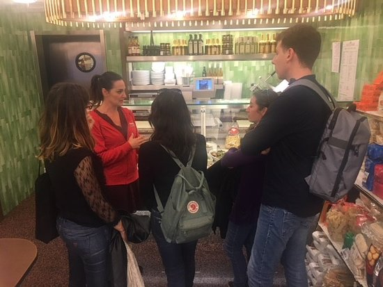 Wandeling voor fijnproevers door de wijk Brera in Milaan: Food tour in Brera