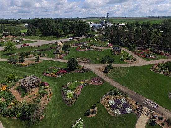Morris, MN: The public display garden located at the West Central Research and Outreach Center.