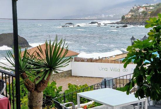 San Juan de la Rambla, Espanha: Amazing location by the sea.
