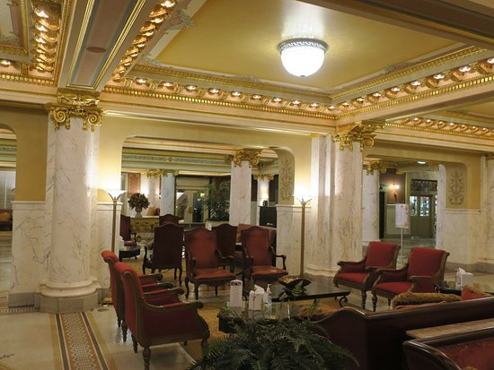 French Lick Springs Hotel: Luxury, inside and out.