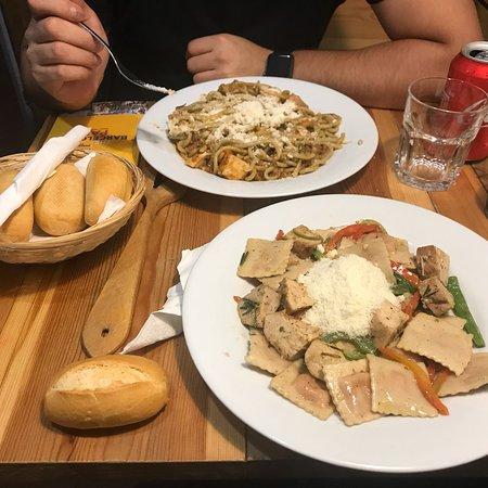Tucco Real Food Photo