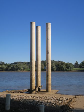 Vevay, Индиана: Top of tower = highest flood level!
