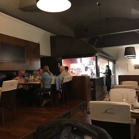 Sala con cucina a vista - Picture of Nuance Restaurant ...