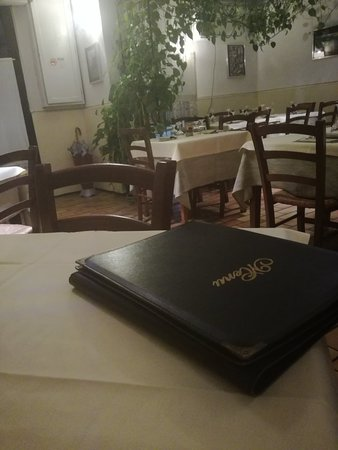 Calcinaia, Italy: ristorante pizzeria Senza Tempo