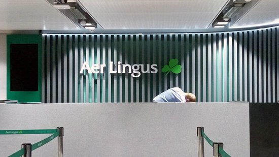 counter Aer Lingus