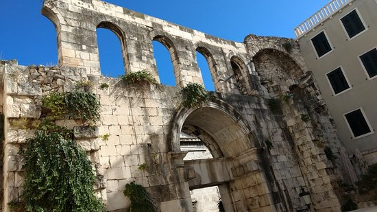 Diocletian's Palace: IMG_20181008_152255902_large.jpg