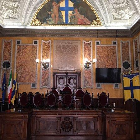 Sala Consiliare di Girolamo Magnani e Cecrope Barilli