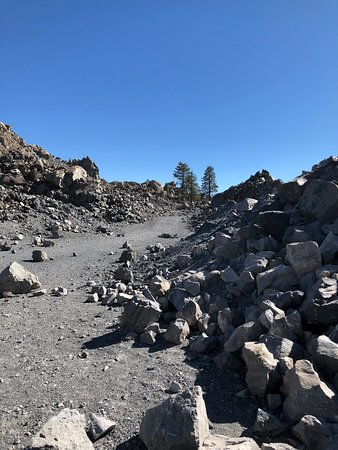 Obsidian Dome: path up to top
