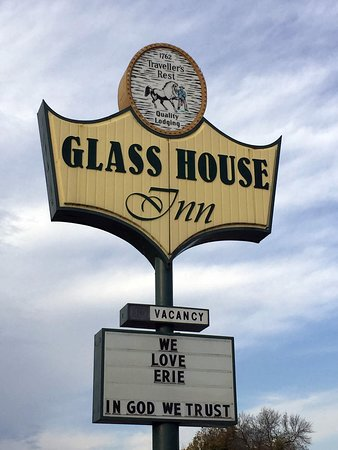 Glass House Inn Bild