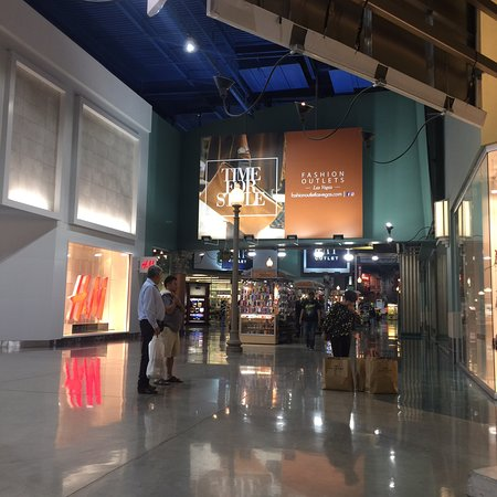 Fashion Outlets of Las Vegas: photo1.jpg