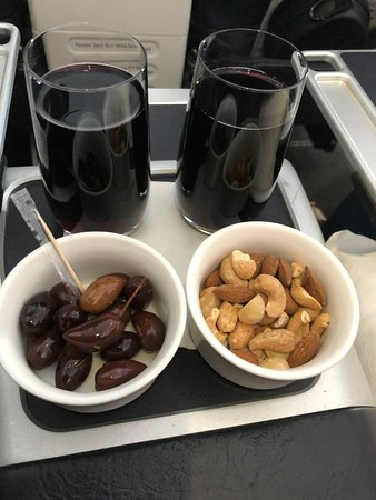 Virgin Australia: Red wine, olives and nuts
