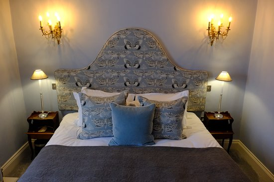 Bolton by Bowland, UK: Blue Room