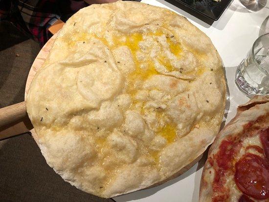 Jam Jar: Garlic and rosemary pizza bread