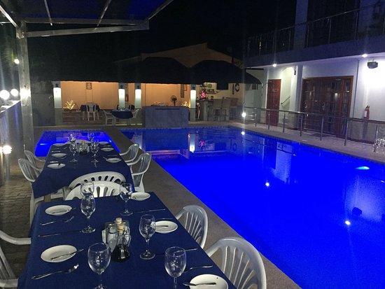 Toledo City, Филиппины: Breeze Cafe and Restaurant