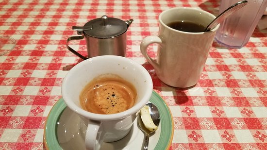 Williston Park, NY: Double espresso (where's my sambucca au gratis?) & cup of coffee (too weak)