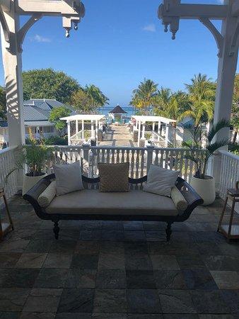 Balcony - Heritage Le Telfair Golf & Wellness Resort Photo