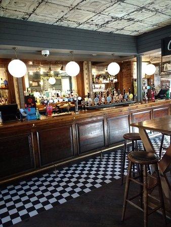 Cosy chain pub