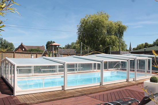 Hondschoote, France : Notre piscine couverte