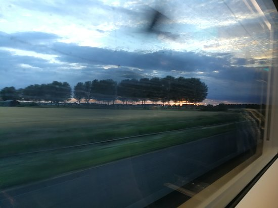 Entering the Netherlands at 300 kph on the Eurostar