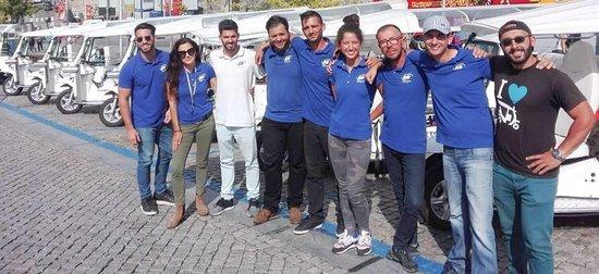 TukTour Porto: Muito bom dia, Good morning, Buenos días, Guten Tag, Buon giorno, Bonjour à tous les fans de Tuk
