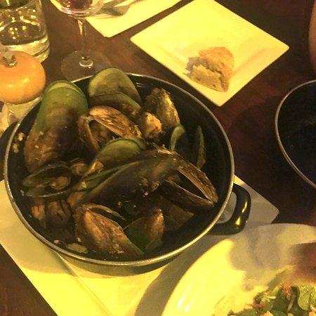 Squids Bar & Restaurant: photo5.jpg