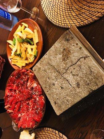 Carabana, Španělsko: Lomo bajo de Iruki Vacuno Mayor a la piedra. Carne de un sabor infinito.