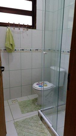 Frade: Banheiro quarto cereja