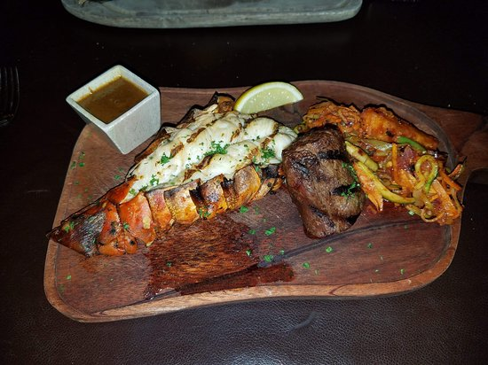 Tatu Restaurant: Surf and turf