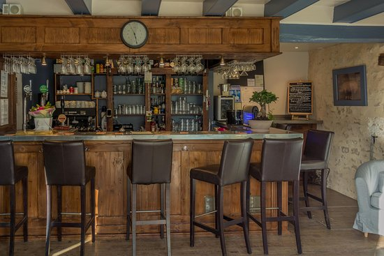 Cherval, Γαλλία: Bar
